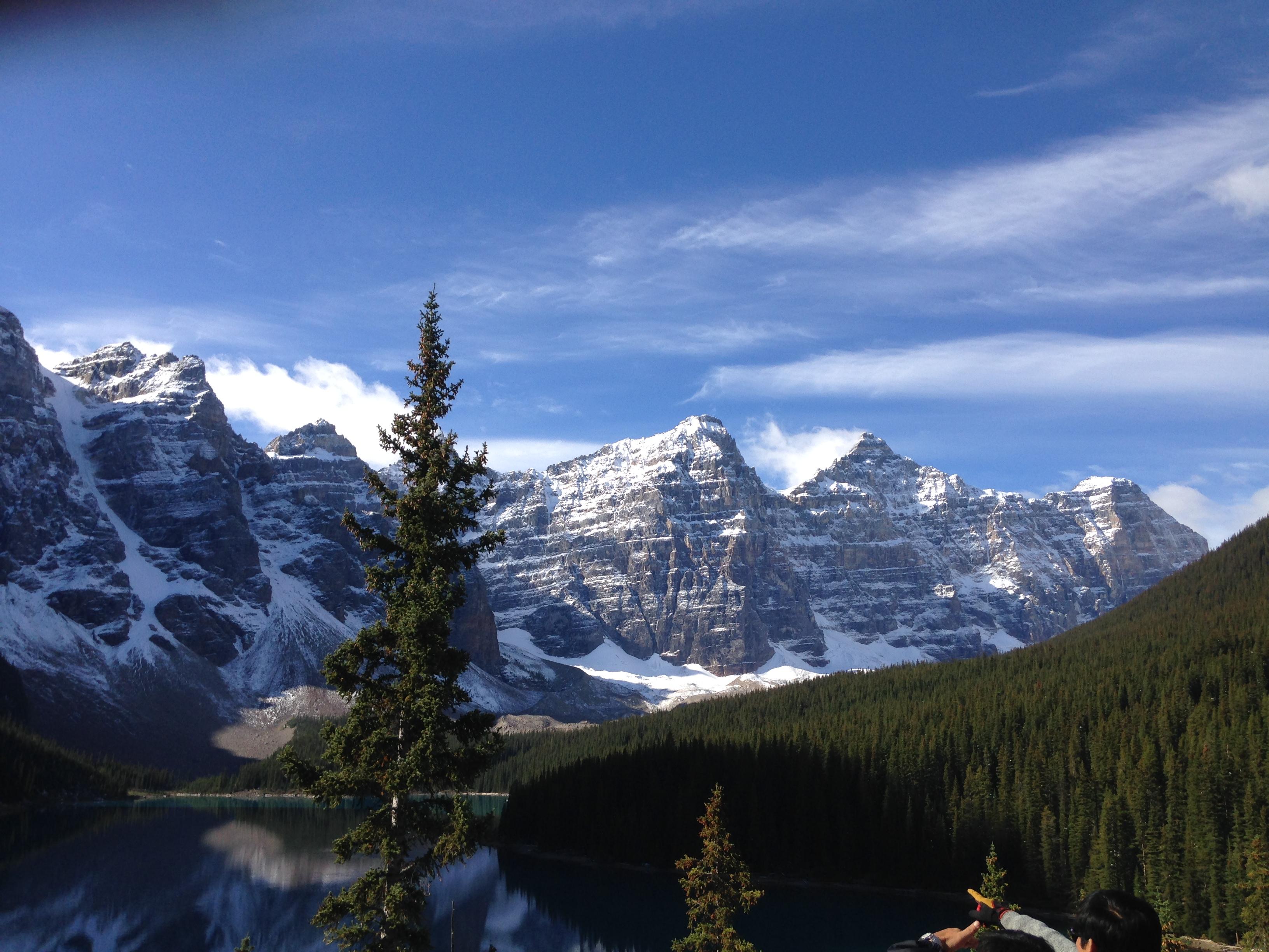 Banff, Calgary, Banff, Calgary, ecetera, ecetera