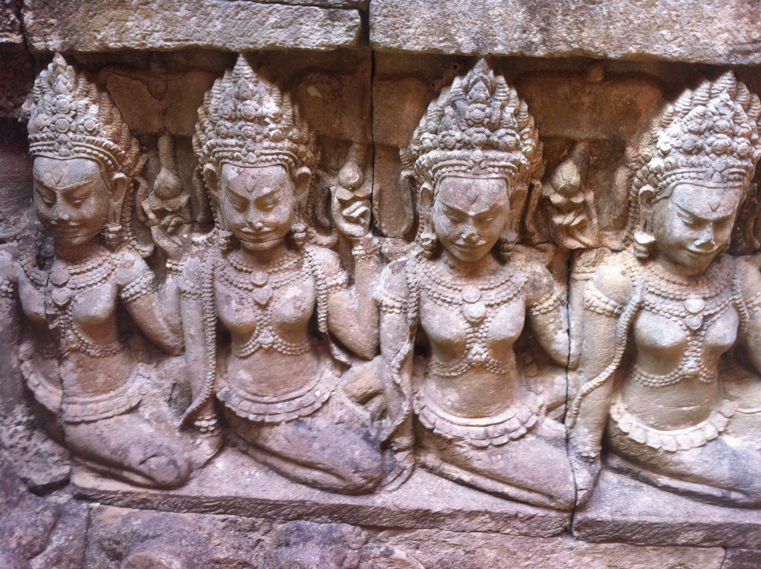 A week in Siem Reap, seeing Angkor Wat and what it cost